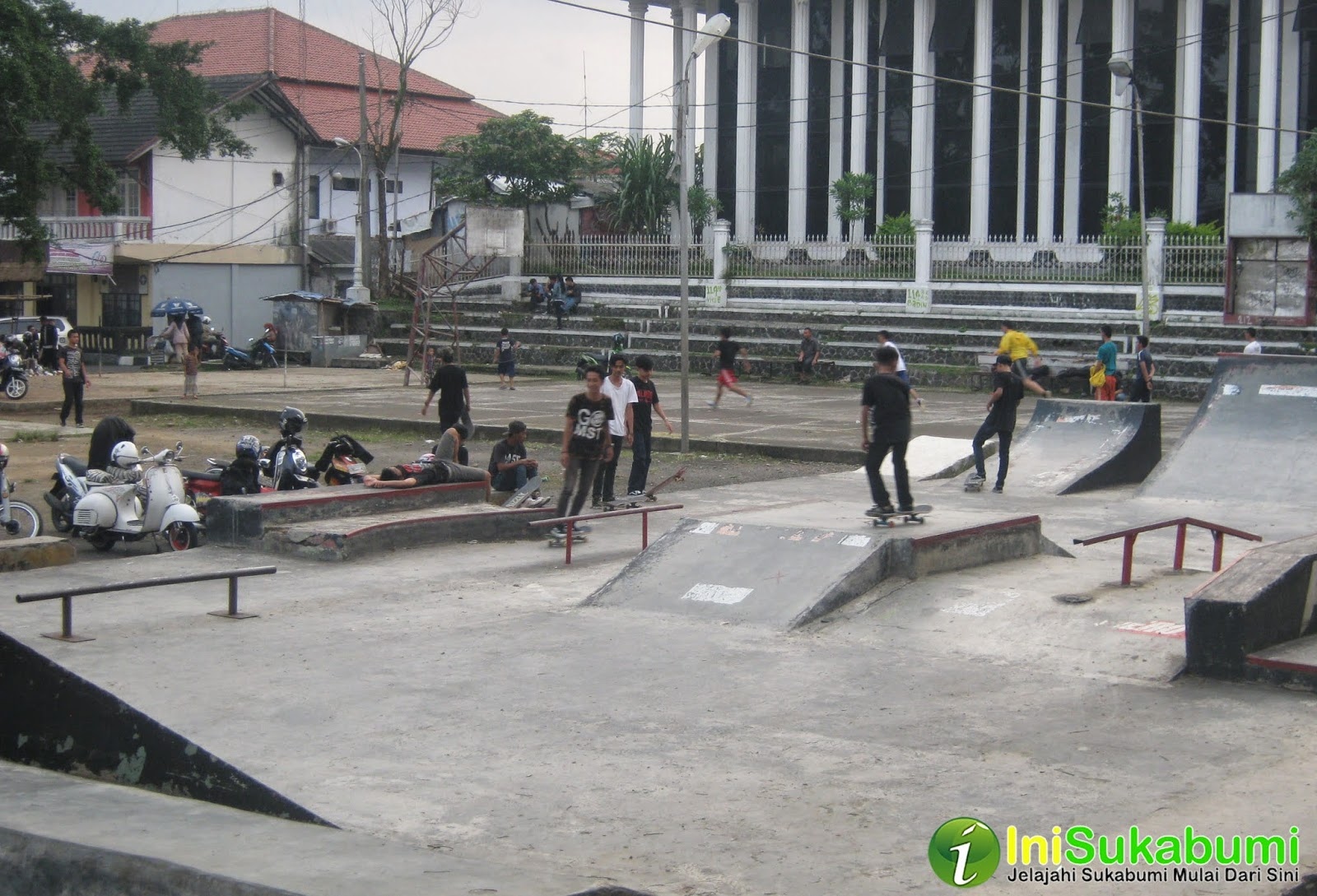 Merdeka Skateboard Team