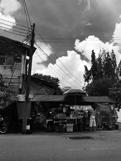 Bangkok, Nhong Rim Klong