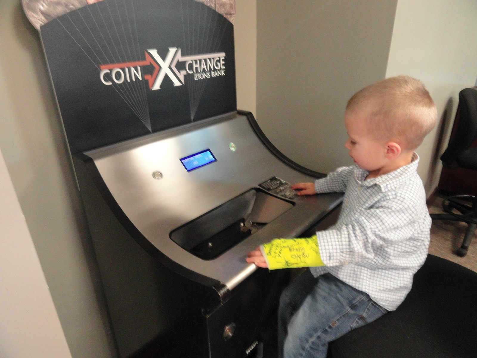 do banks have coin counters