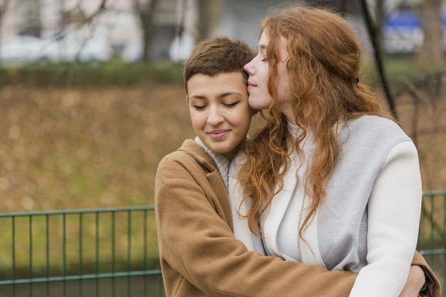 Pertanyaan Kepo Netijen Untuk Perempuan Penyuka Sesama