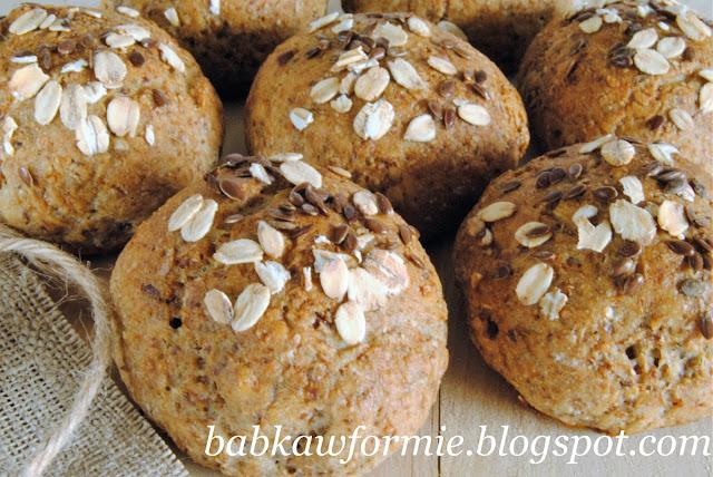 bułki bułeczki razowe z płatkami owsianymi babkawformie.blogspot.com
