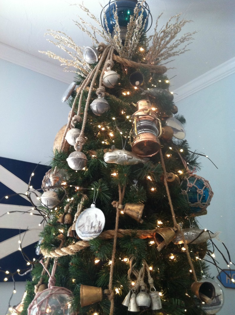 Vintage, Nautical Christmas tree
