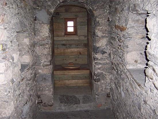 A história do banheiro - Banheiro de Castelo