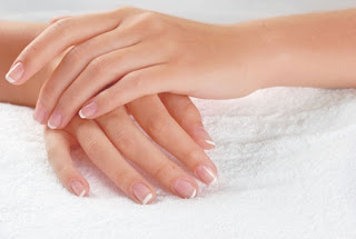 Les étapes de layering asiatique (mille feuille) naturel pour les mains