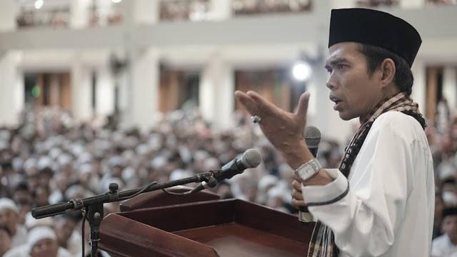 Inilah Isi Pesan Non-Muslim Melalui WA ke Ustaz Abdul Somad