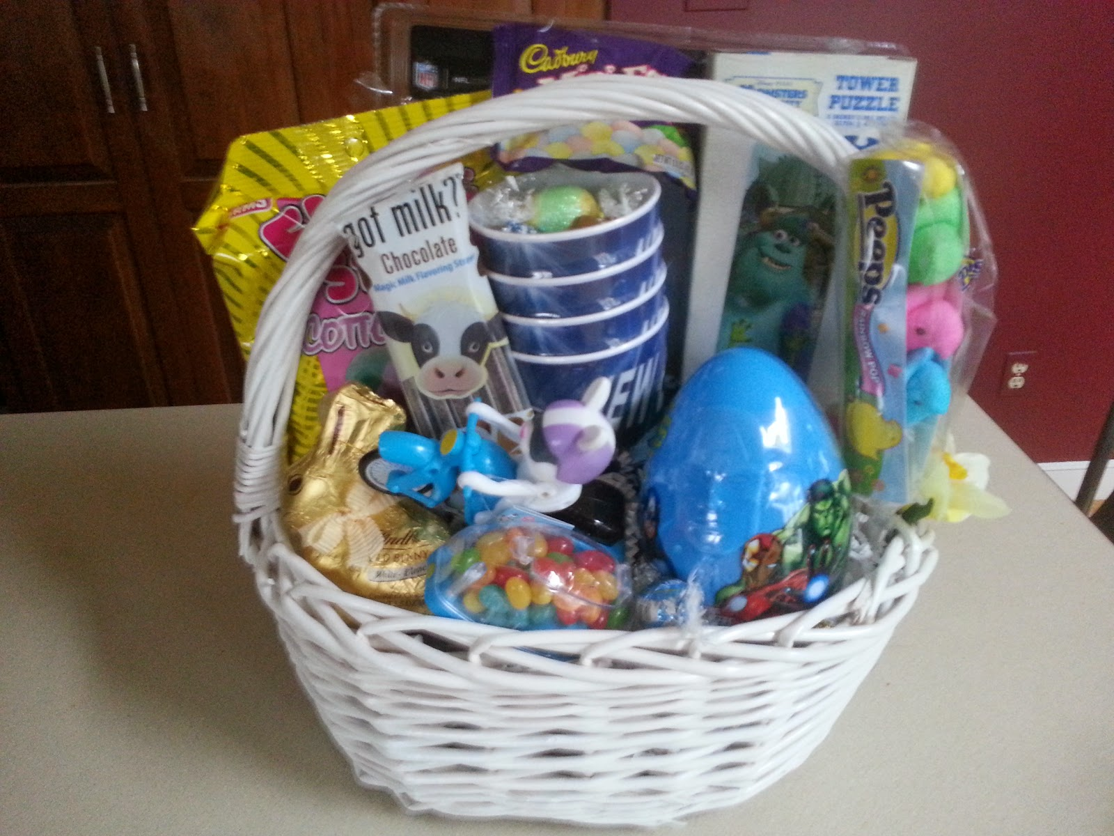 Delicious Wishes Gifts: Custom Easter Basket
