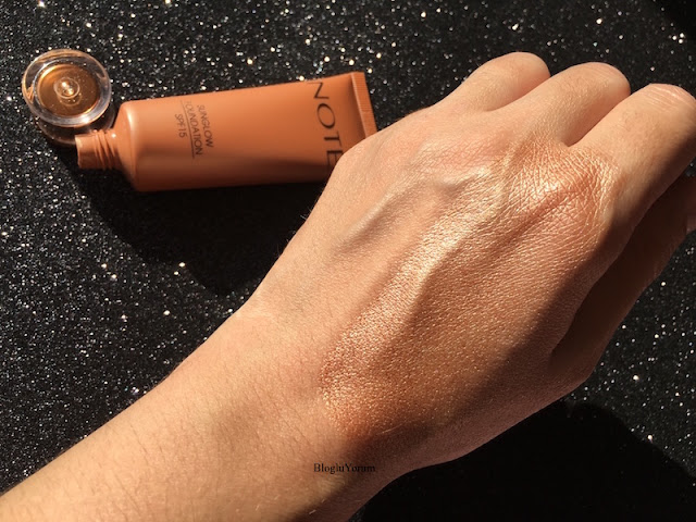 note sunglow foundation fondöten 10 swatch3