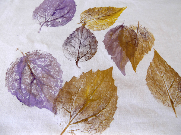 nature printing, leaf printing, fabric painting, fabric design, nature ...