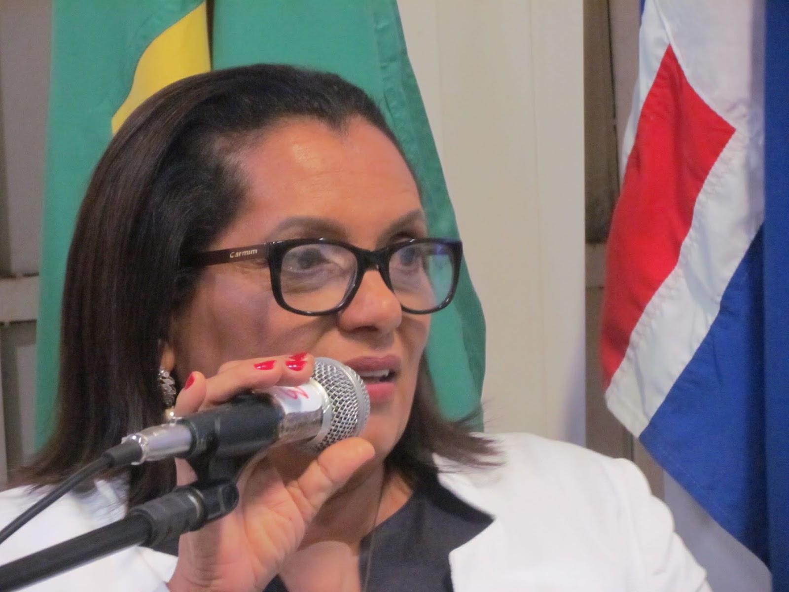 Dra. Emília Marciel
