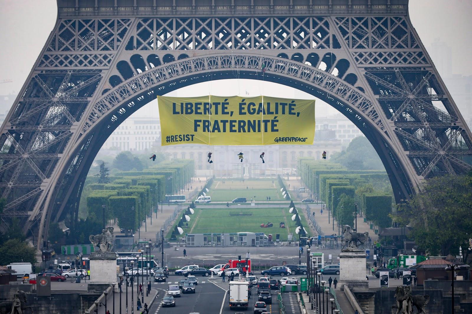 Liberté, égalité, fraternité, street action, Paris, La Tour Eiffel, France, Marine Le Pen