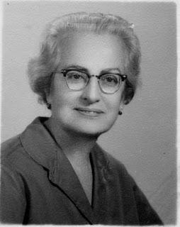 María Rosa Alonso, escritora rebelde y centenaria