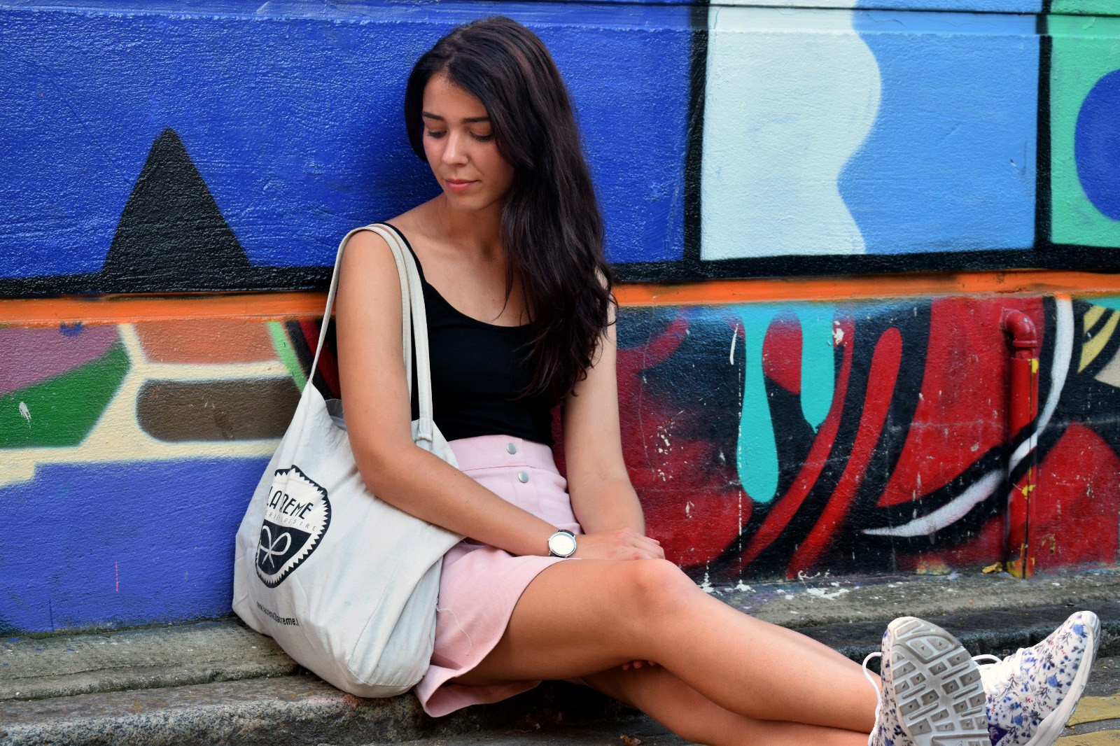ootd, outfits, french blogger, london, shoreditch, east end, street art, Le coq sportif porcelaine,