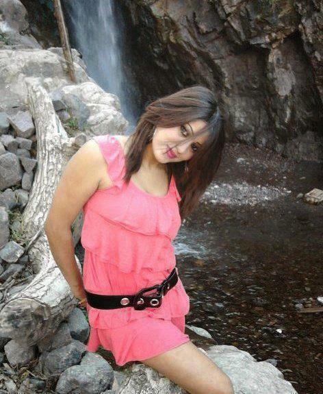 Hot delhi girl