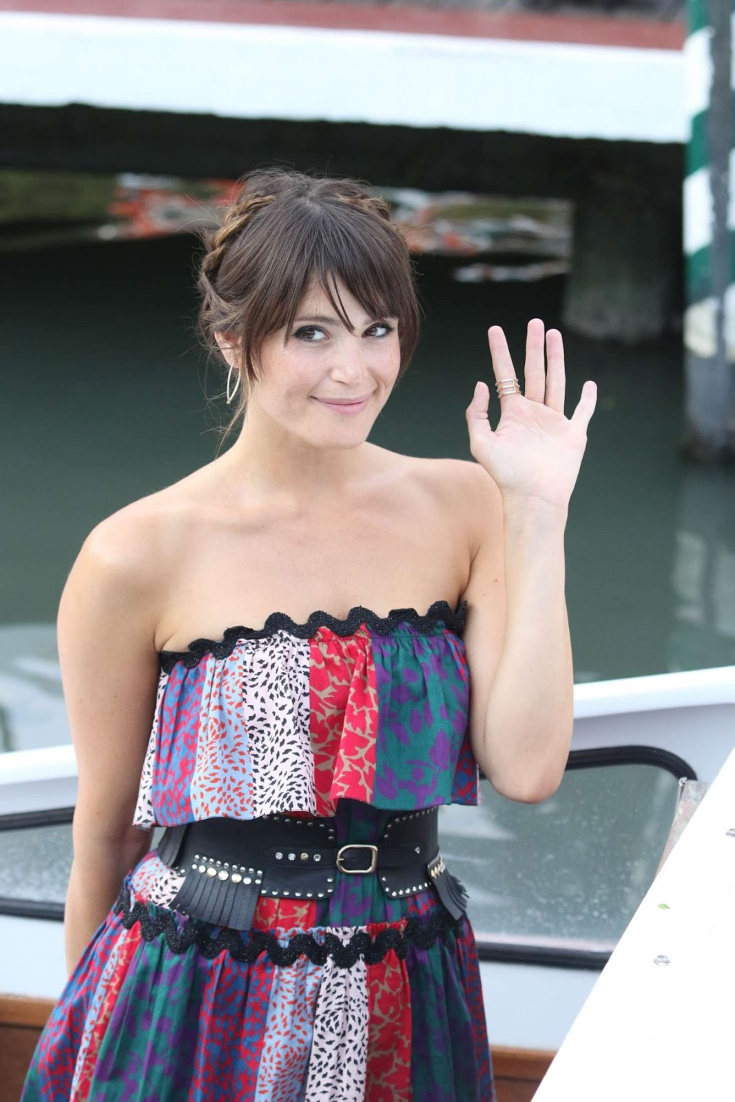 HQ Photos of Gemma Arterton at A Water Taxi for 2016 73rd Venice Film Festival in Venice