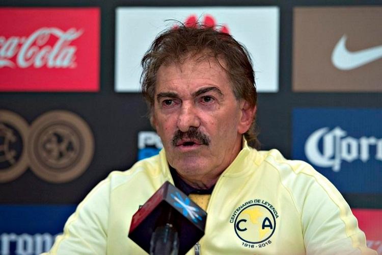 Presentación Ricardo Antonio La Volpe, nuevo director técnico del Club América de México, septiembre 2016, Liga MX; futbol mexicano | Ximinia