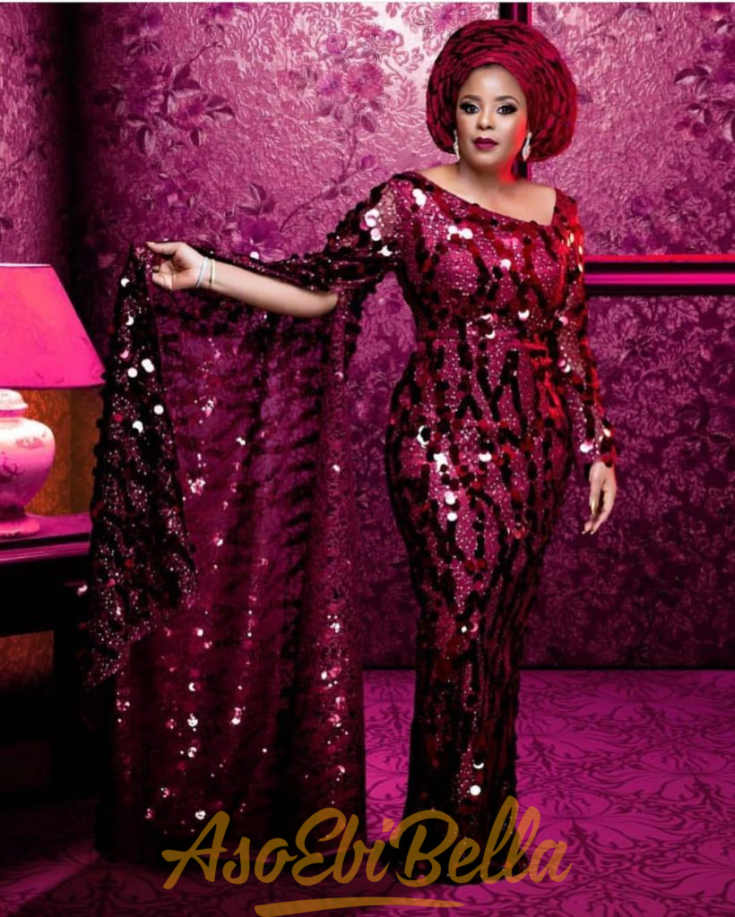 #EbFabLook Vol 44A: Try Trendy New Aso-Ebi Style for curvy ladies 2020