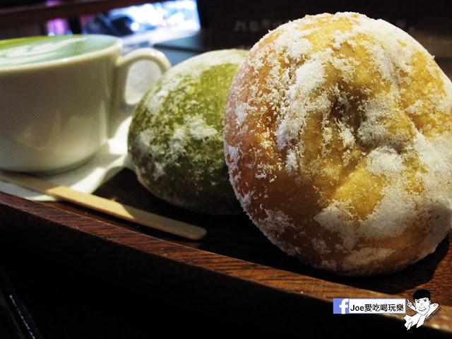 IMG 2618 - 【台中甜點】 - 來自東京的美味甜甜圈,每個甜甜圈都是現作以及限量的!!!所以要吃限量以極限定的要早點來喔!!