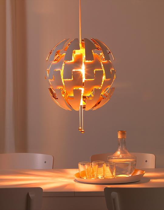 Var dags rum: Wow! IKEAs prisbelönta taklampa PS 2014 finns