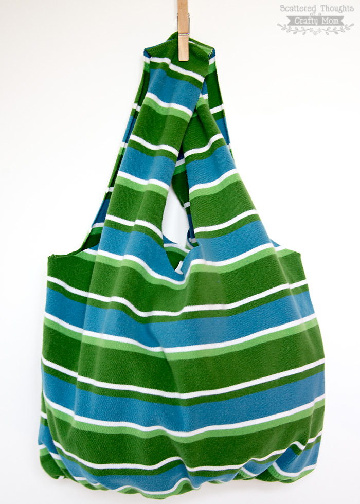 How to Make a Tote Bag From a T-shirt (no sewing required!)