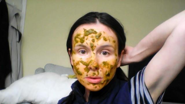 """<img alt=""""see more anti wrinkle masks"""">"""