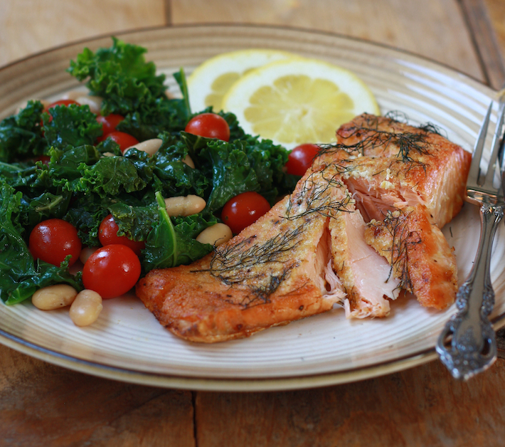 How to season salmon with spices and herbs