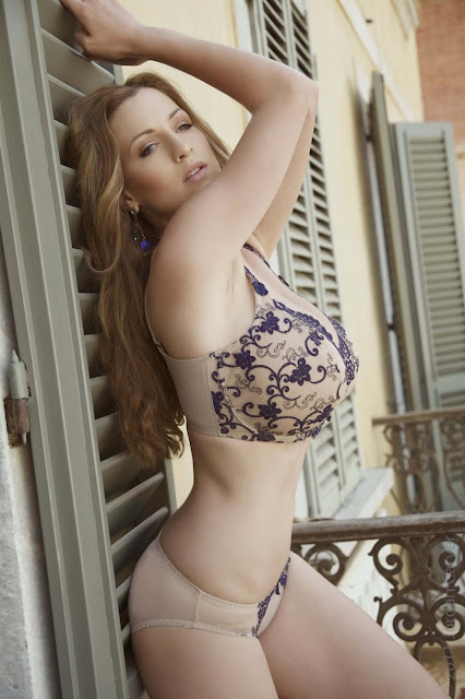 Jordan-Carver-PIAZZA-Photoshoot-hot-sexy-picture-15