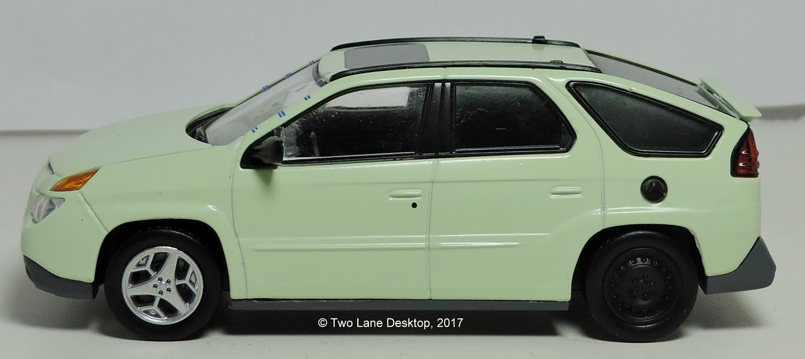 ... sales as the Aztek was discontinued in 2005. Since then fanclubs and even the TV show  Breaking Bad  has peaked interest into the once ill-advised SUV. & Two Lane Desktop: Greenlight 1:43 2004 Pontiac Aztek