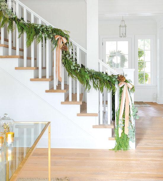 Elegant And Neutral Christmas Foyer: The Zhush: Home Tour: Fresh And Elegant Holiday Decor