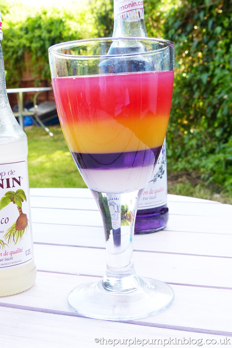 Easy to make layered cocktails with rainbow cocktail for Easy alcoholic mixed drinks