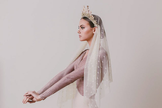 tocado invitada boda novia rita von madrid