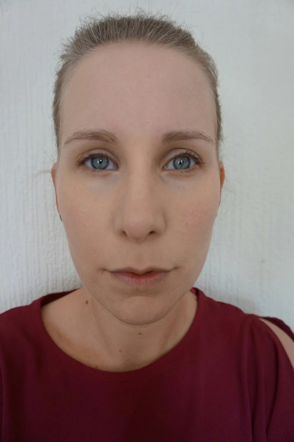 The Ordinary serum foundation swatch selfie