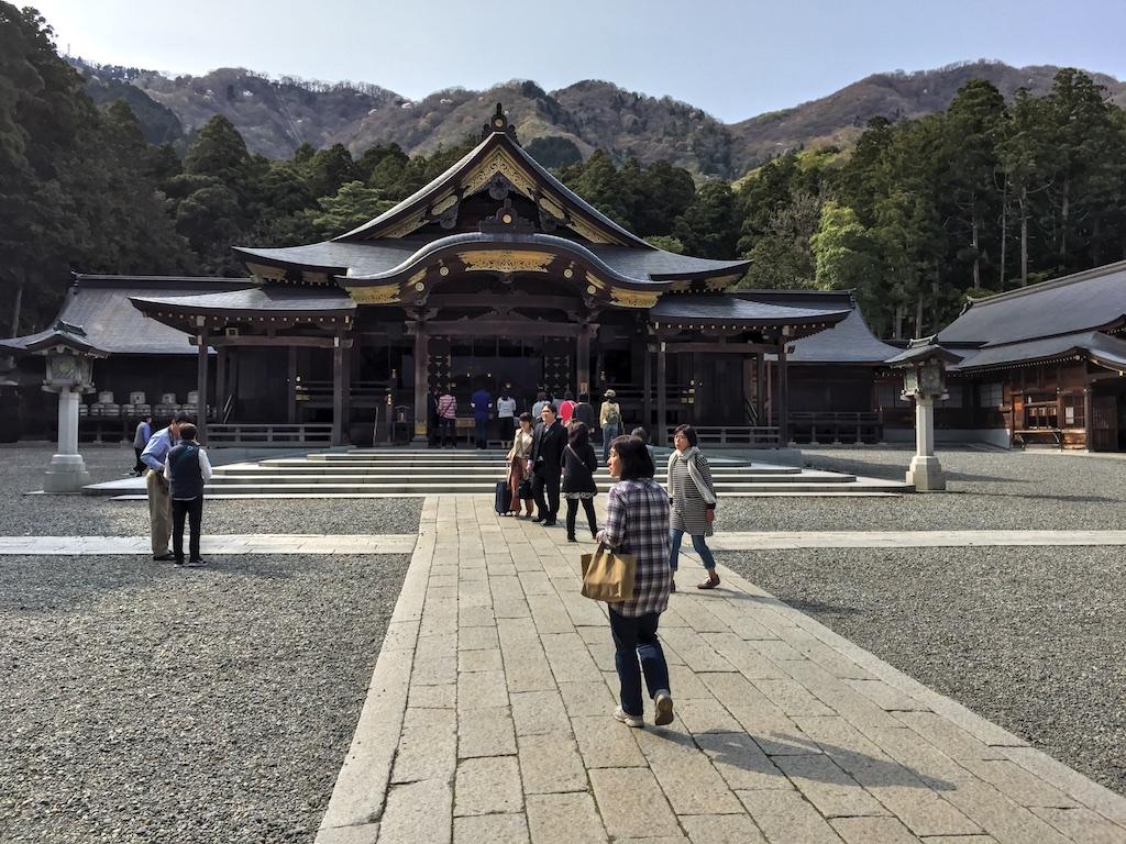 神社 弥彦 彌彦神社|新潟の観光スポット|【公式】新潟県のおすすめ観光・旅行情報!にいがた観光ナビ