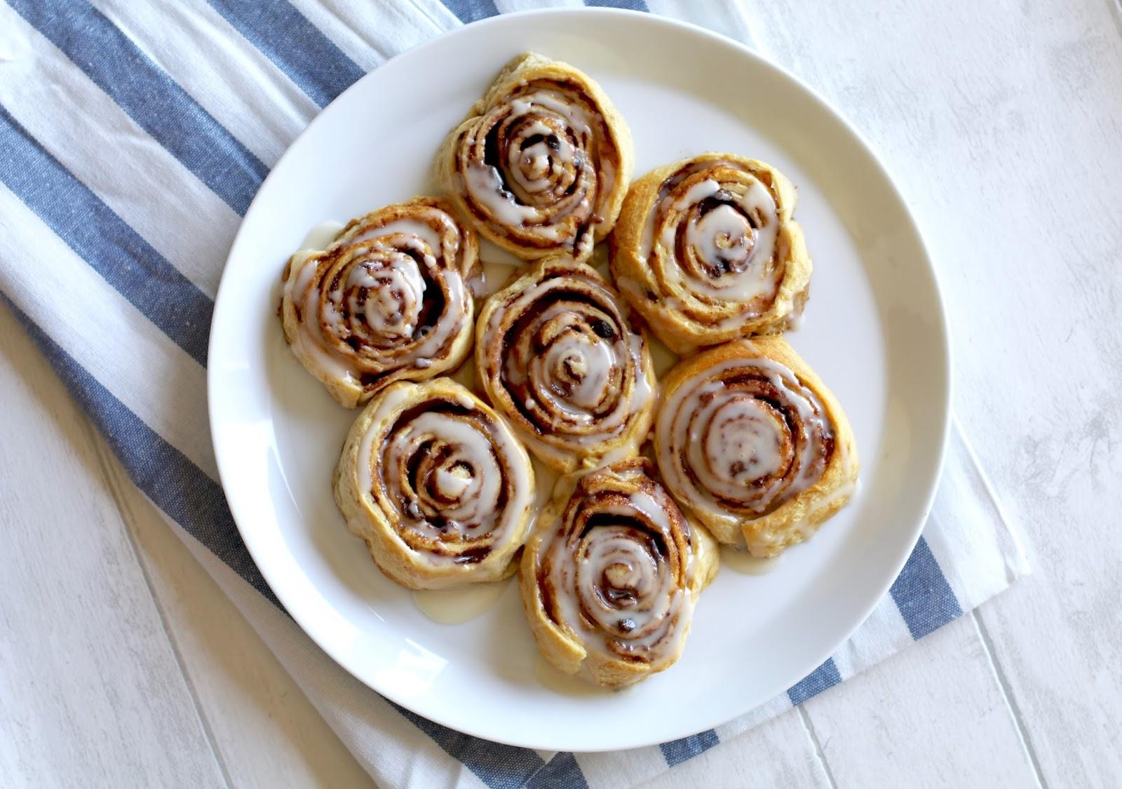 Cheats cinnamon rolls