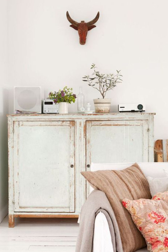 shabby chic style furniture, bohemian