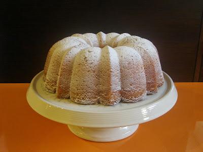 bundt cake de limón y gengibre confitado