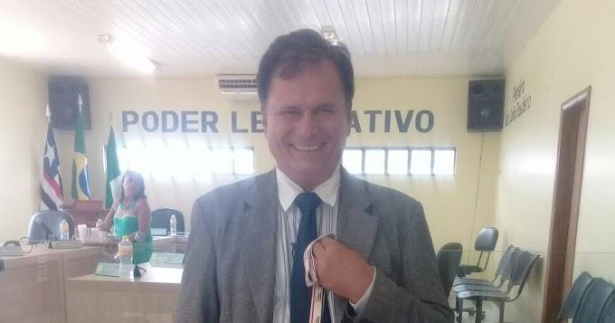 REPERCUTE EM MATÕES: Vereador Fernando Tenório é destaque em premiação