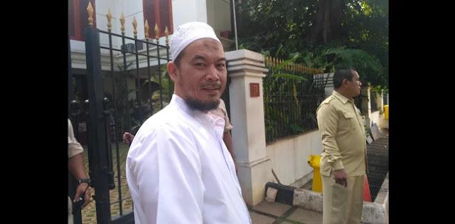 Tidak Klarifikasi, Jokowi Dinilai Setuju Penolakan Perda Syariah