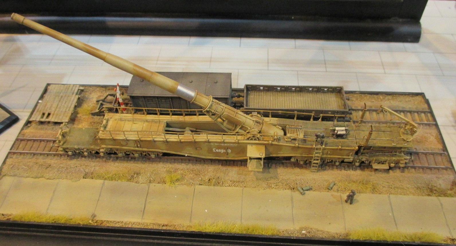 1 144 airbattle scale modelworld 2015 part 6 sig 144 for Ouvrir une nouvelle fenetre html
