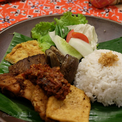 Menu Makanan Harris Hotel Surabaya