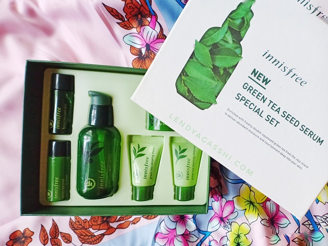 Innisfree Tea Seed Special Set
