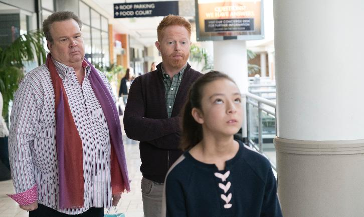 Modern Family - Episode 9.18 - Daddy Issues - Promotional Photos + Press Release