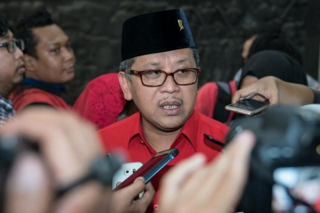 Sekjen PDI-P Tanggapi Santai Ancaman PBNU Akan Hengkang dari Jokowi