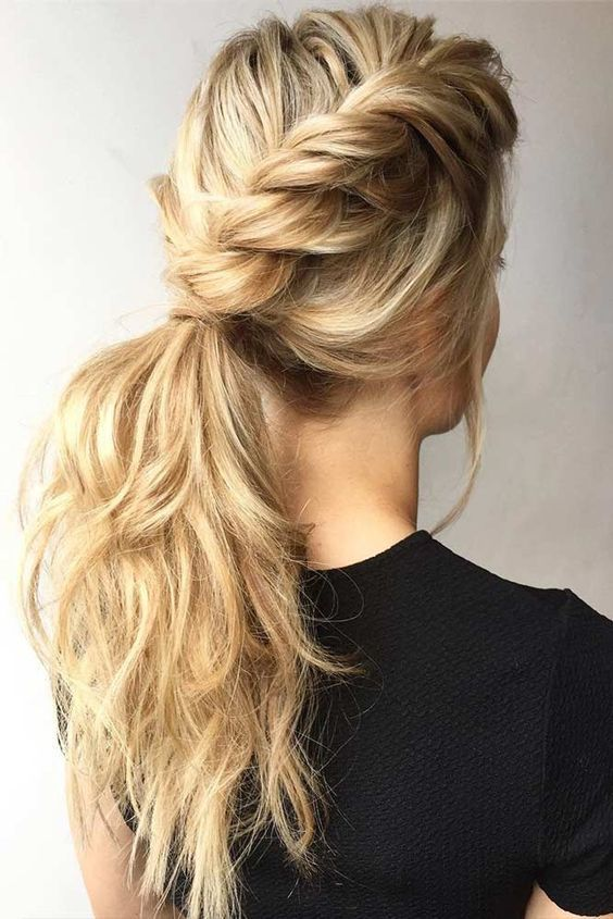 best hairstyle idea to try for christmas party