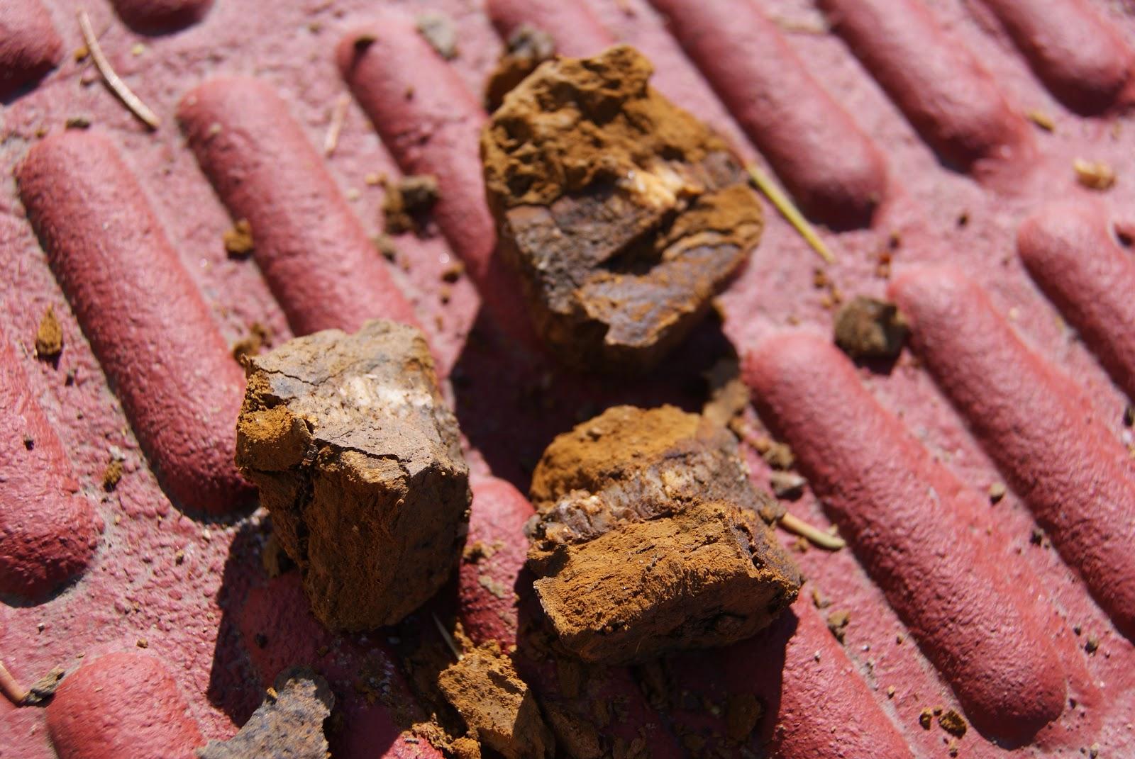 Una roca que se puede rallar con la uña indica que es facilmente degradable