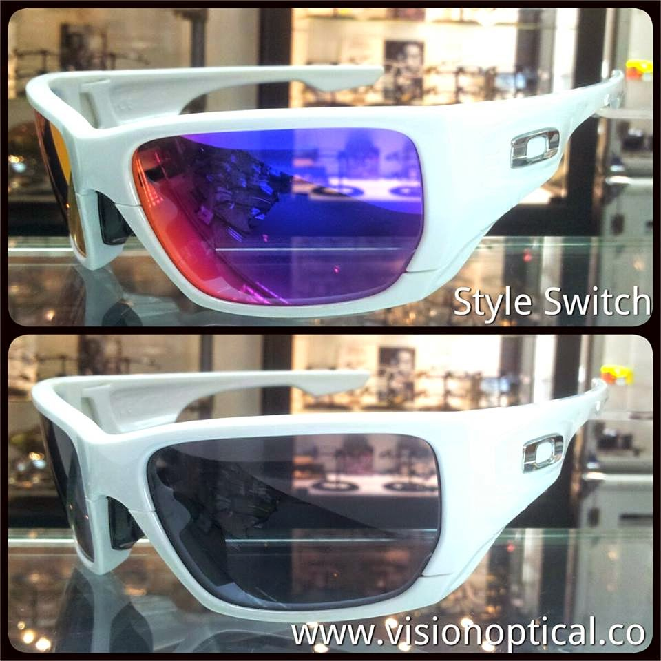 "Oakley ""Style Switch"""