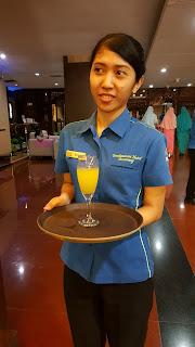 Welcome drink  berupa orange juice yang menyegarkan menyambut kedatangan kami