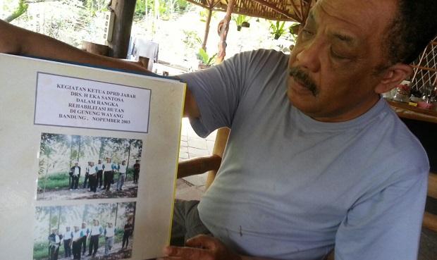 Terkait Sungai Citarum, Eka Santosa Nilai Aher Layak Dapat Kartu Merah