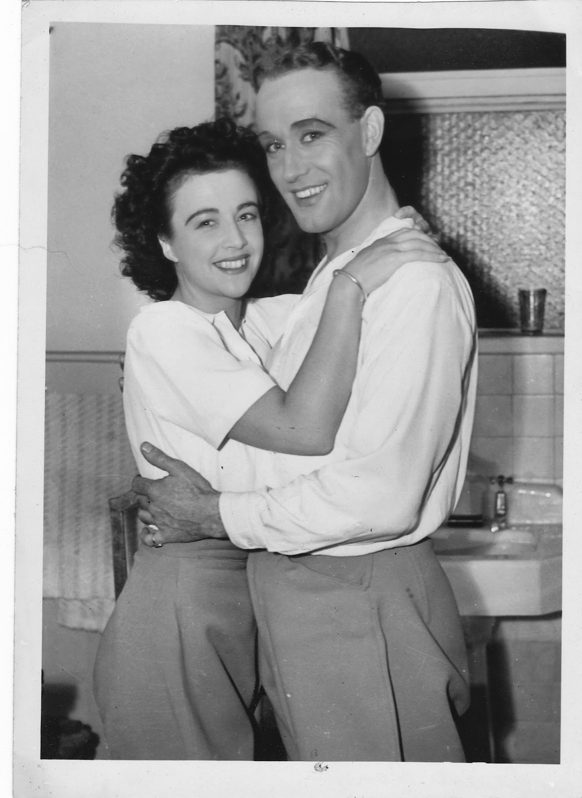 Max Oldaker and Joy Beattie, stars of The Desert Song, 1945.
