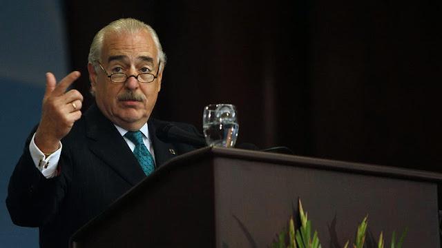 """Andrés Pastrana califica a Maduro como el """"nuevo Pablo Escobar"""""""