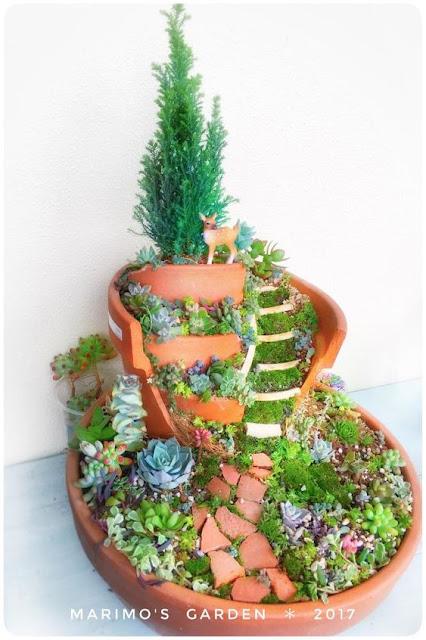 まるでラピュタ?壊れた植木鉢を小人の世界にする面白いアイディア【a】 妖精が住んでそう ラピュタ 多肉植物